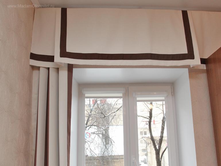 шторы от Мадам Оформитель,  пошив штор в Санкт-Петербурге, пошив штор Спб, шторы в гостиной, шторы с кантом
