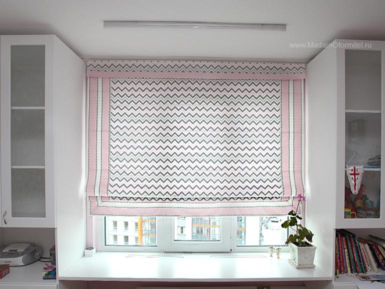 Римские шторы, шторы на кухне, шторы из льна, лен с вышивкой, шторы от Мадам Оформитель, пошив штор на заказа