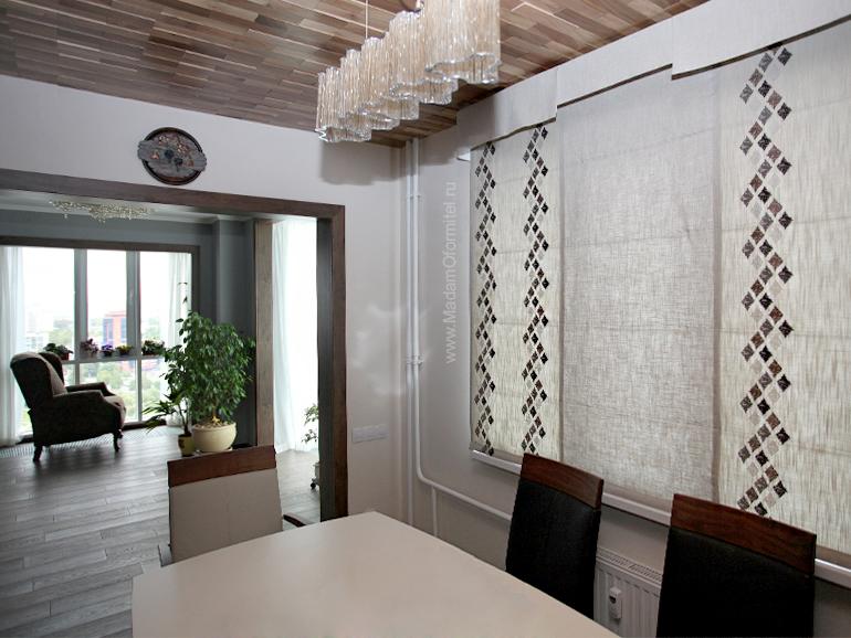 Шторы в квартире, Римские шторы ЖК Viva, Римские шторы, шторы на кухне, шторы из льна, лен с вышивкой, шторы от Мадам Оформитель, пошив штор на заказа