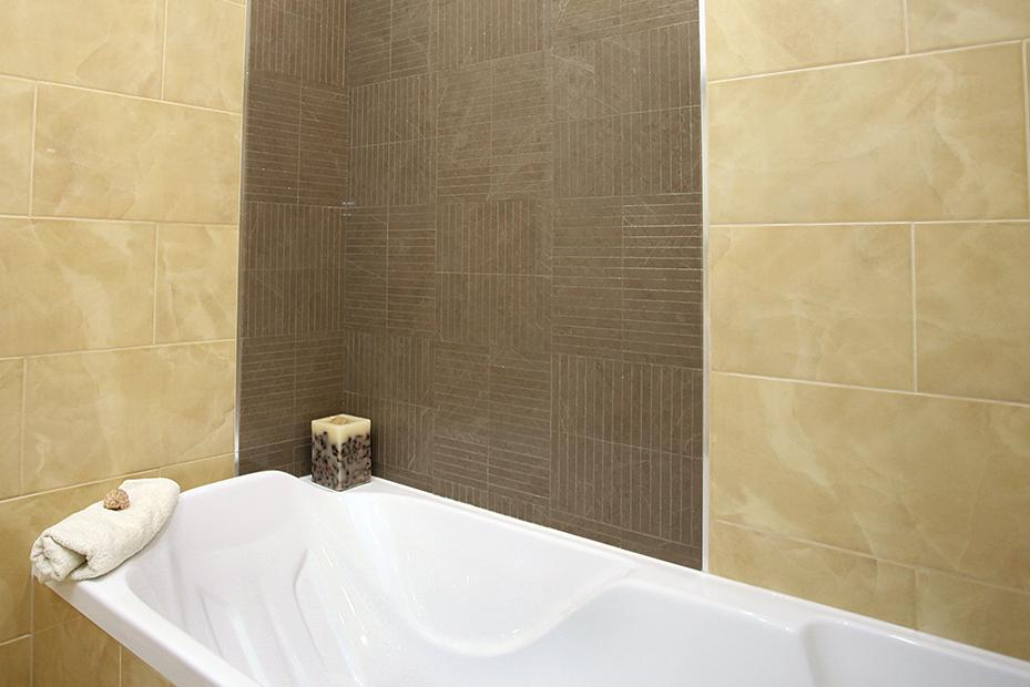 дизайнер интерьера, визуализация, дизайнер в СПб, дизайнер Питер, дизайнер интерьеров спб, дизайн-проект квартиры, мозаика, мозаика в ванне, коричневая мозаика