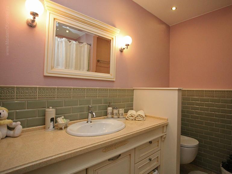 дизайн трехкомнтаной квартиры, дизайн ванной, дизайн ванной комнаты, ванная в стиле прованс, ванная в стиле кантри, красивая ванная, тумба для ванной