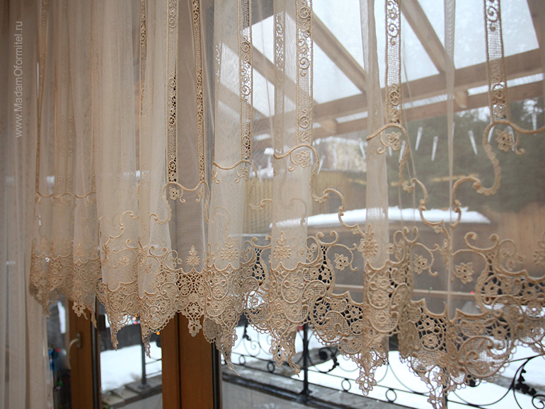 шторы на заказ, шторы от Мадам Оформитель, пошив штор на заказ, шторы в спальню, пошив штор в Санкт-Петербурге, пошив штор, шторы в спальне, шторы в гостиной, шторы из бархата, кружево, бархат, дорогие шторы