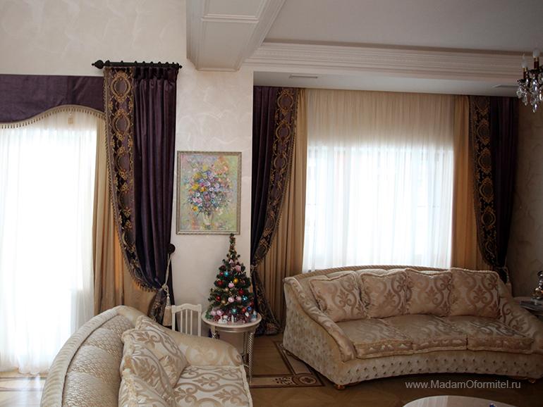 гостиная в загородном доме, шторы на заказ, шторы от Мадам Оформитель, пошив штор на заказ, шторы в спальню, пошив штор в Санкт-Петербурге, пошив штор, шторы в спальне, шторы в гостиной, шторы из бархата, кружево, бархат, дорогие шторы