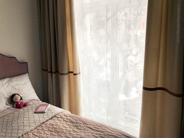 качественные пошив штор, шторы в детской, шторы с отделкой, пошив штор на заказ, шторы от Мадам Оформитель, шторы Спб, пошив штор Спб