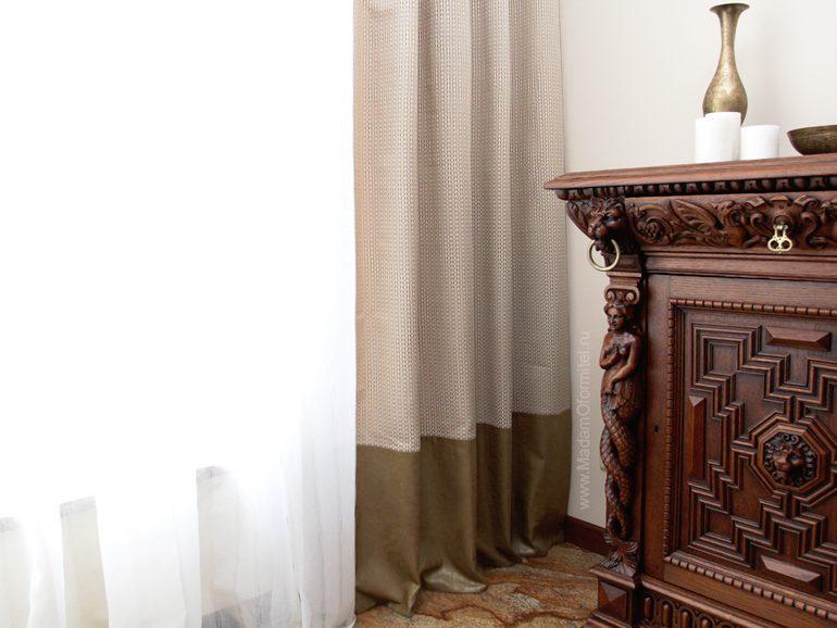 Шторы на кухне, шторы в столовой, римские шторы с кантом, шторы с кантом по низу, шторы на подкладке, шторы в загородном доме, пошив штор на заказ, шторы от Мадам Оформитель, шторы Спб, пошив штор Спб